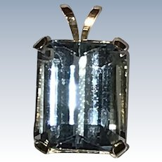 14 Yellow Gold Blue Topaz Pendant
