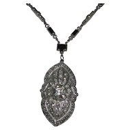 Art Deco Rhinestone Pendant Necklace