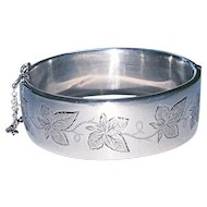 English Sterling Wide Bracelet Ivy Design