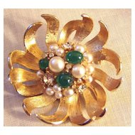Vintage Flower Brooch Faux Pearls Faux Jade