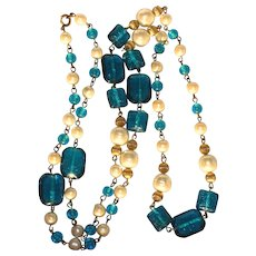 Wow Vintage Pressed Glass Beads Faux Pearls Necklace