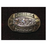 Vintage 14K Gold and Diamonds Ring