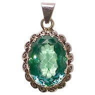 Vintage Retro 10K Synthetic Stone Pendant Green