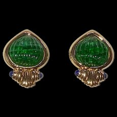Unsigned Mughal Clip Earrings Green Swirled Fluted Glass