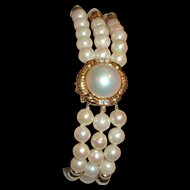 18K 14K Gold Cultured Pearls Triple Strand Bracelet Mabe Pearl Clasp