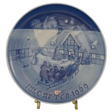 """B&G - """"Arrival of Christmas Guests"""" Collector Plate #9069"""