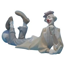 "LLadro - Retired ""Clown Payaso Acostado"" #4618"