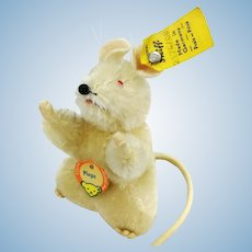 """Steiff mouse Pieps, all IDs, 1968 made, 3"""" tall white mohair, red eyes, felt tail"""