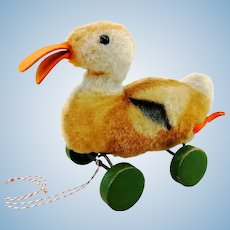 "Steiff duck on wheels, 7"", vintage 1949 to 64 made"