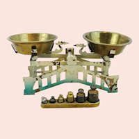 "Art Nouveau scales with set of weights, 6 by 2"", made around 1900"