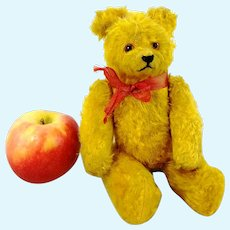 """Stick jointed golden yellow 1940s German teddy bear by Petz, 9"""""""