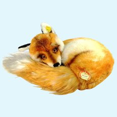 Steiff Curled Up Fox with all IDs 1968 to 76 produced only 12""
