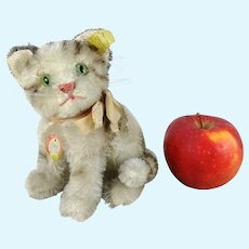 Steiff cat Susi with all IDs produced 1965 to 1967 midi size 5 and a half inches
