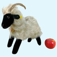 """Steiff Mountain Sheep all IDs largest 11"""" edition 1964 only working squeaker"""
