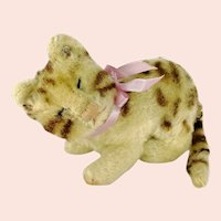 Steiff Cat Snurry with ID vintage 1964 to 1966 only small sleepy eyes brown Tabby