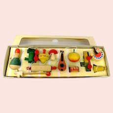 German Erzgebirge assorted wooden Christmas tree toy ornaments 1970s vintage
