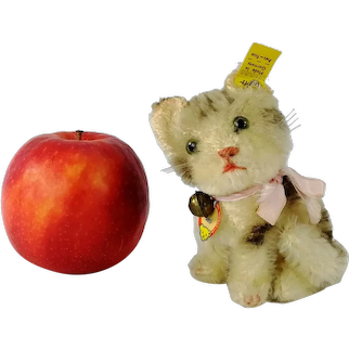 """Steiff cat Susi with all IDs produced 1959 to 1964 smallest 4"""" edition"""