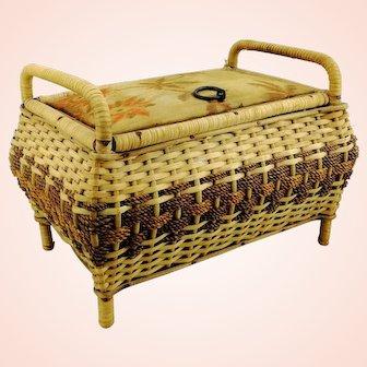 Dolls wickerwork clothes trunk, coffer, chest, basket or bench, 1950s vintage