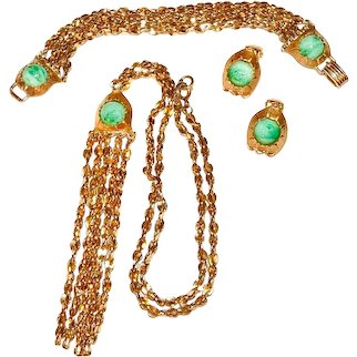 Early Napier Parure Green Marbled Beads and Tassels Necklace Bracelet Earrings Signed Vintage