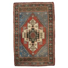 "Vintage Turkish Yastik Rug - 1'10"" X 2'10"""