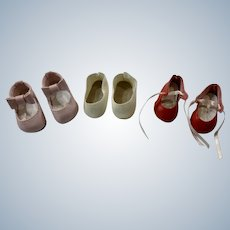 3 Pairs of Shoes for Your Dolls