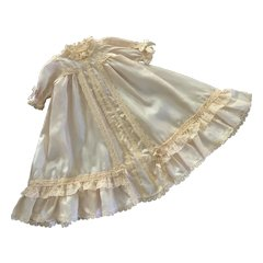"""Exquisite Vintage Ecru Silk and Lace Gown for Small 10""""-12"""" French German Doll"""