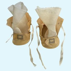 "Awesome 1940's Cream Canvas Doll Shoes with Silky Socks for 2.5"" - 3"" Foot"