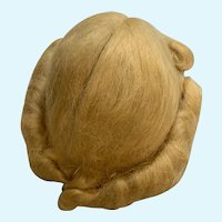 """Vintage 1940's Size 11"""" Blonde Mohair Doll Wig in Beautiful Condition"""