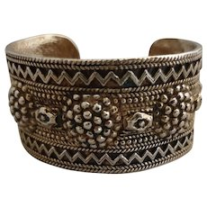 Ethnic-inspired cuff bracelet signed Chanel