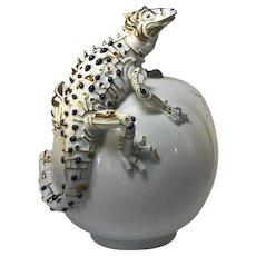 Sapphires, 24k Pure Gold And Porcelain, Luxury Lizard Sculpture Caviar Bowl By Jiri Lastovicka, Atelier JM Lesov, Thun