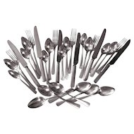 Oneida Community Clarion Flatware Service for Six