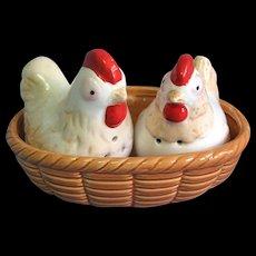 Vintage Ceramic Chickens Chicks in Nest Salt and Pepper Shakers Set