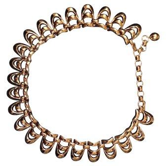 Elegant Monet Curved Links Necklace