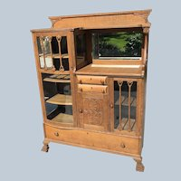 Chittenden Eastman Square Brand Hutch