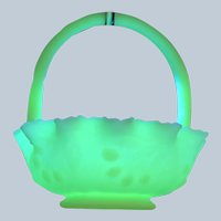 Beautiful Fenton Art Uranium Vaseline Glass Basket