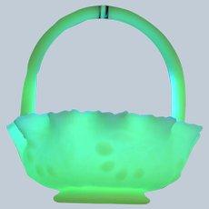 Beautiful Fenton Art Uranium Vaseline Glass Basket