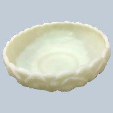 Nice Large Fenton Art Uranium Vaseline Glass Bowl