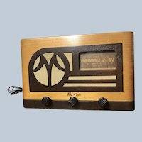 Vintage Master Tube Radio Broadcast and Shortwave