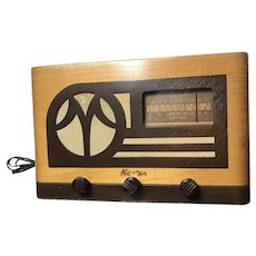 Vintage Master Tube Radio Broadcast and Shortwave