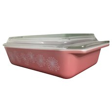 Vintage Pyrex Pink Daisy Space Saver 575-B 2 Qt. c. 1956-1962 With Lid
