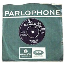 The Beatles She Loves You & I'll Get You Parlophone R 5055 Single First Pressing 1963