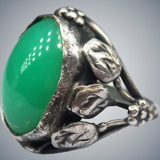 Arts and Crafts Art Nouveau Chrysoprase Silver Leaf Ring