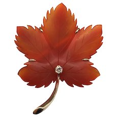 Vintage Carved Agate Diamond Autumn Maple Leaf Brooch Pin 14k Karat Yellow Gold Foliate