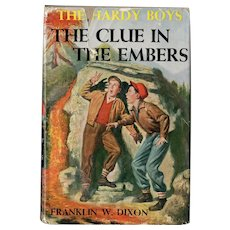 The Clue in the Embers - Hardy Boys Mystery Series