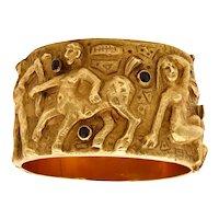 Arrigo & Olga Finzi 1960 Milan modernist sculptural repousse bangle in 18 kt gold