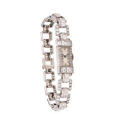 Art-Deco 1930 Platinum lady wristwatch bracelet with 6.75 Cts in VS diamonds
