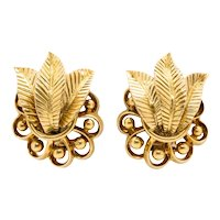 Boucheron 1940 Paris rare Art-Deco Retro clip earrings in solid 18 kt yellow gold with box