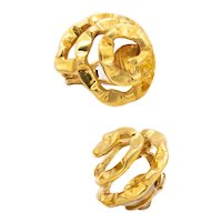 Cartier 1972 New York by Aldo Cipullo Swirls spirals clips-earrings in textured 18 kt yellow gold