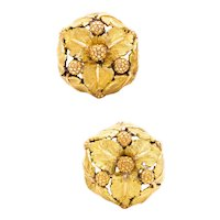 Buccellati 1960 Milano 18 kt textured yellow gold earrings with organics motifs