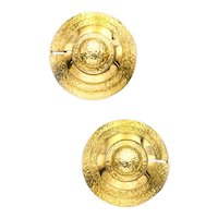 David Webb 1970 New York 18 kt yellow gold Pair of textured clips-earrings